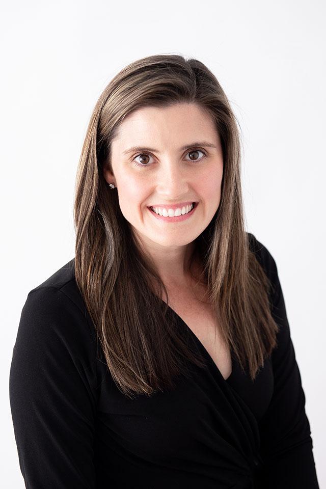 Kristin Miller headshot